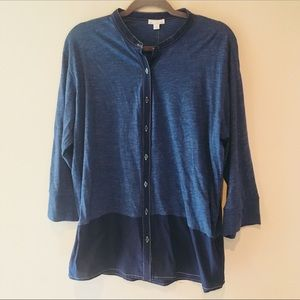 NWT GAP LONG SLEEVE BUTTON DOWN SHIRT